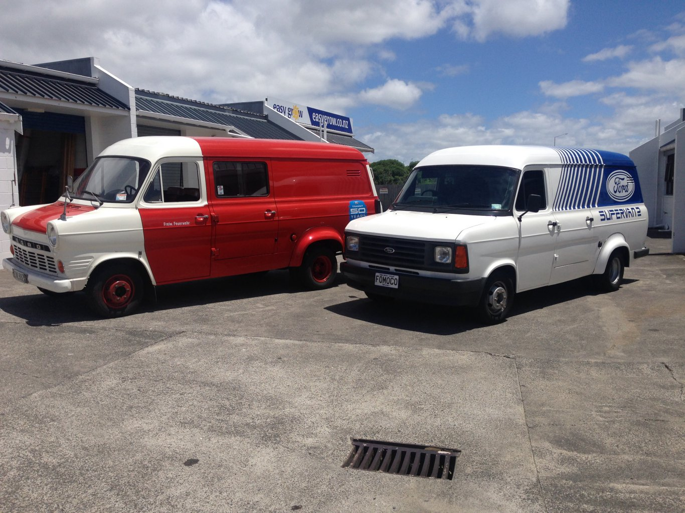 SV2 and firevan 001.jpg