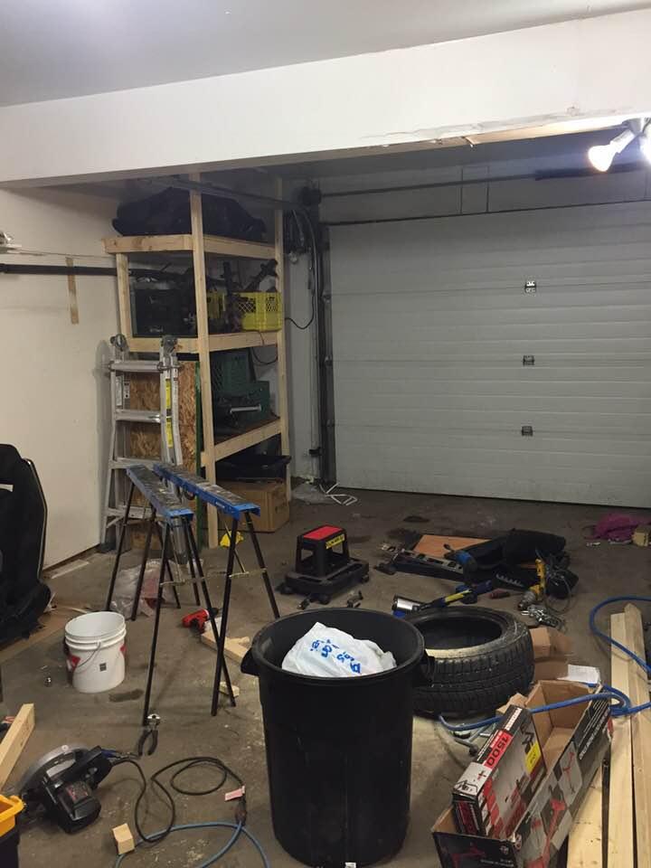 garage.jpg.364ac4033f5352e75b8989b77510bb54.jpg