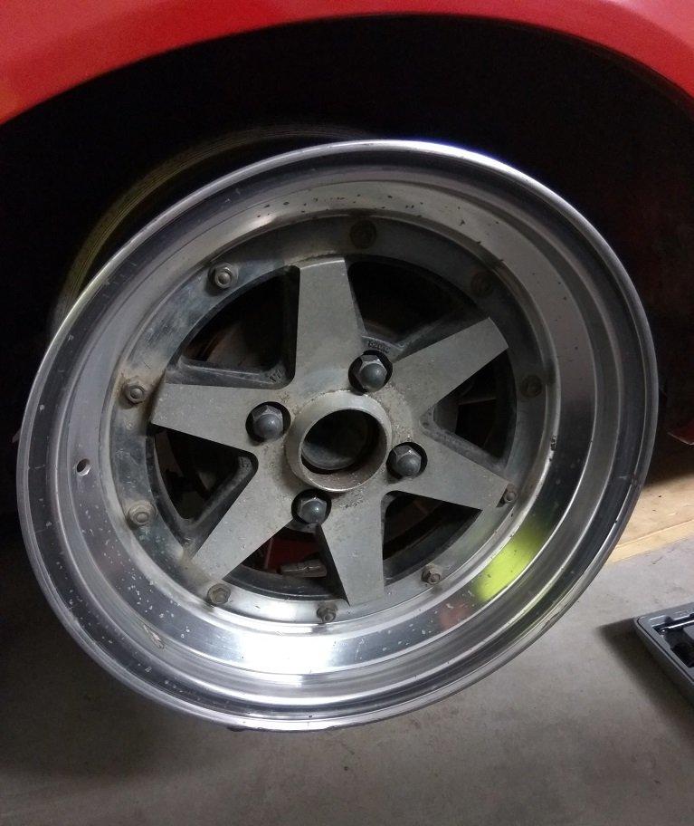 wheel.jpg.df5c0095f5055bc1e9ca0433099d2280.jpg