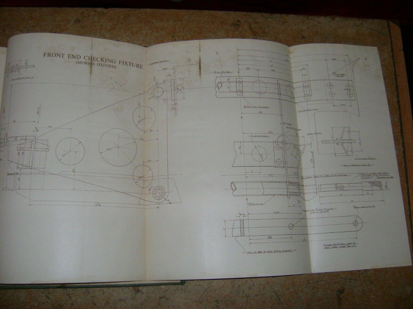 1046712727_Morris-Mono-Construction-Morris-Minor-Oxford-Six-Very-_57(1).thumb.jpg.95171f35790f0721c9a7b2d5d76143e9.jpg